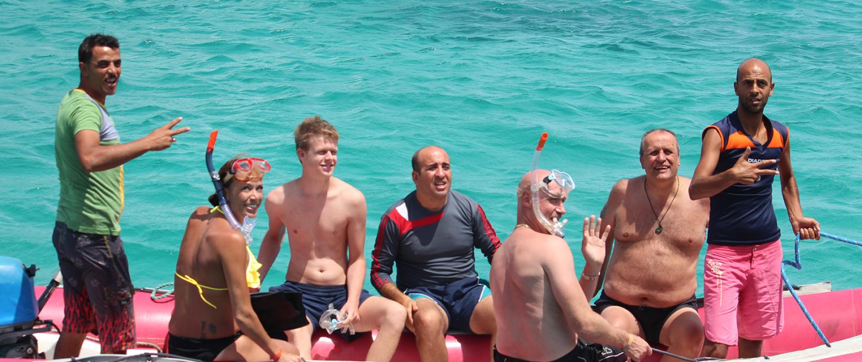 hurghada dolphin boat trip